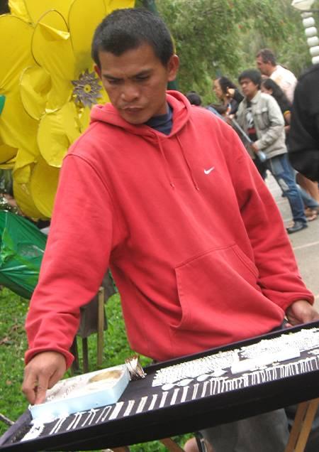 silver jewelry vendor at Burnham Park in Baguio City