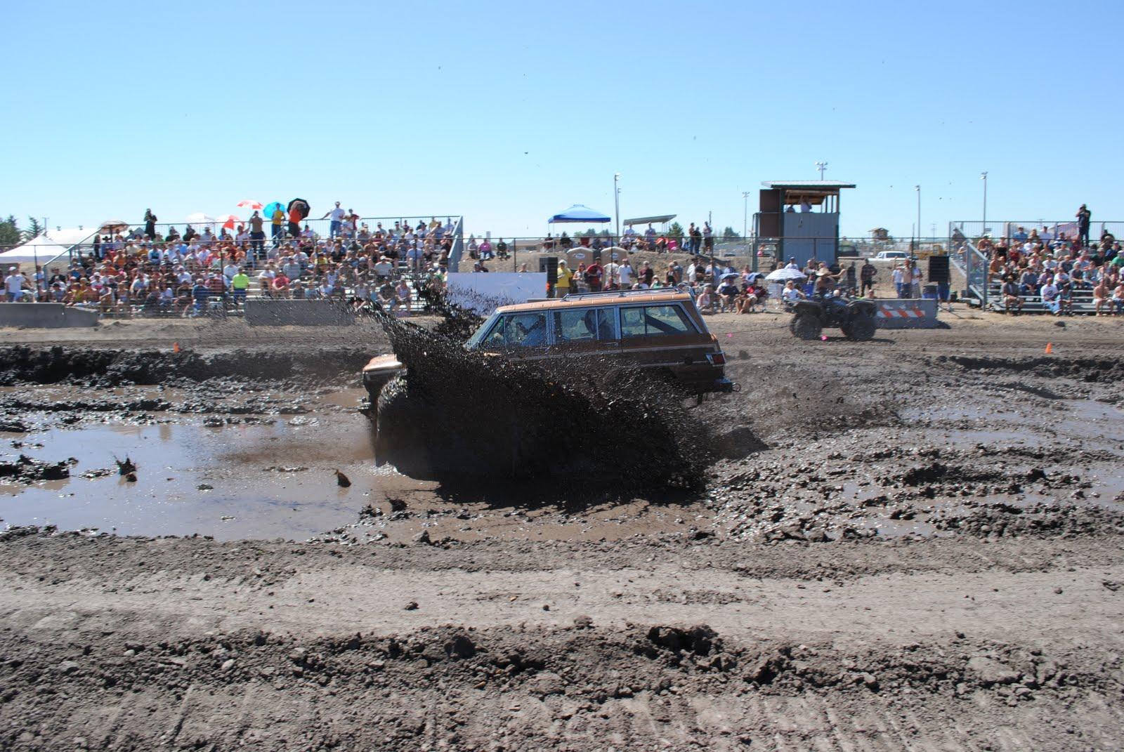 Mud Bogging Dodge Trucks 2010 mud bog