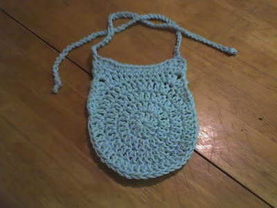 Debs Crafts Circle Baby Bib Free Crochet Pattern