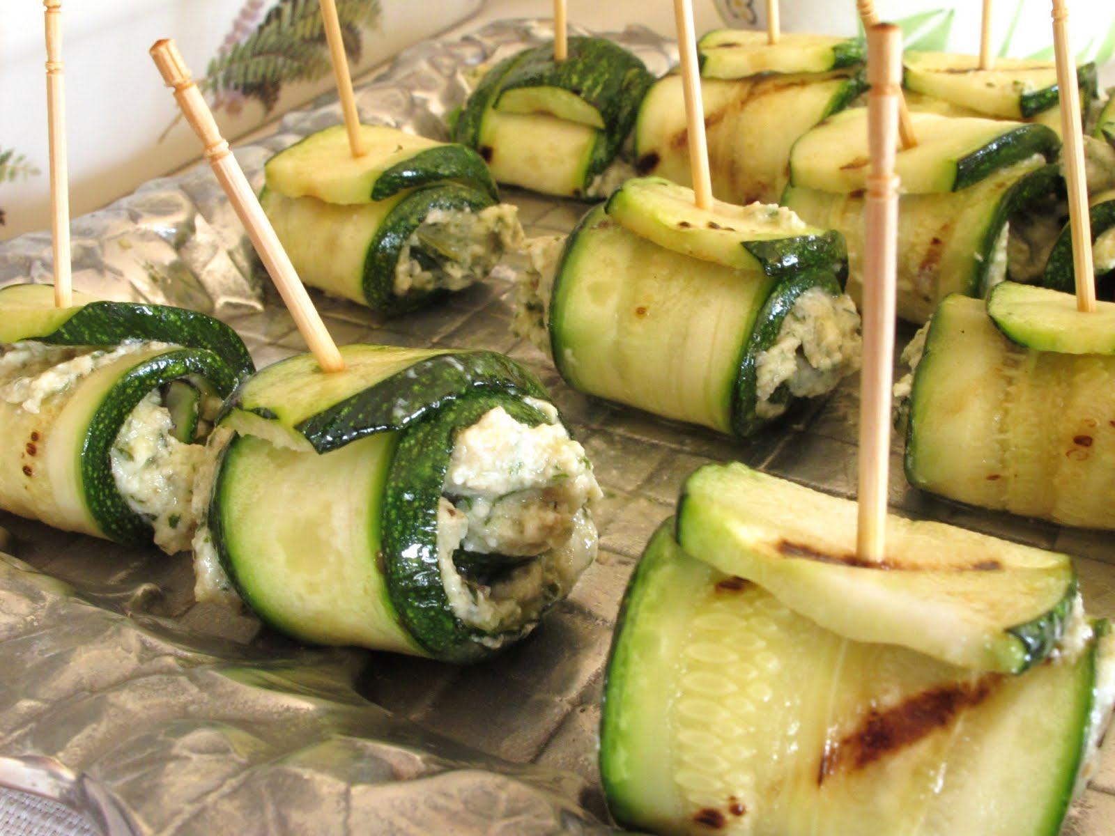 rolls ricotta stuffed chicken zucchini rolls with goat cheese and mint ...