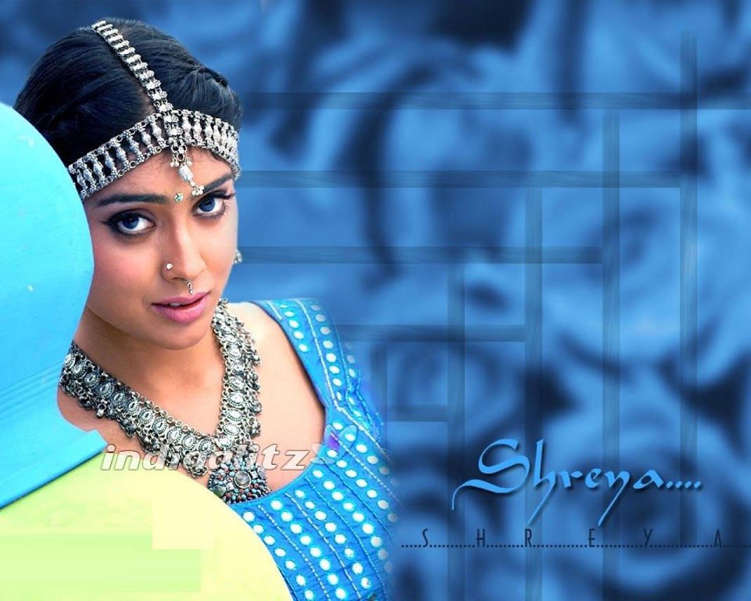 Shreya Saran's Hottest wallpapers