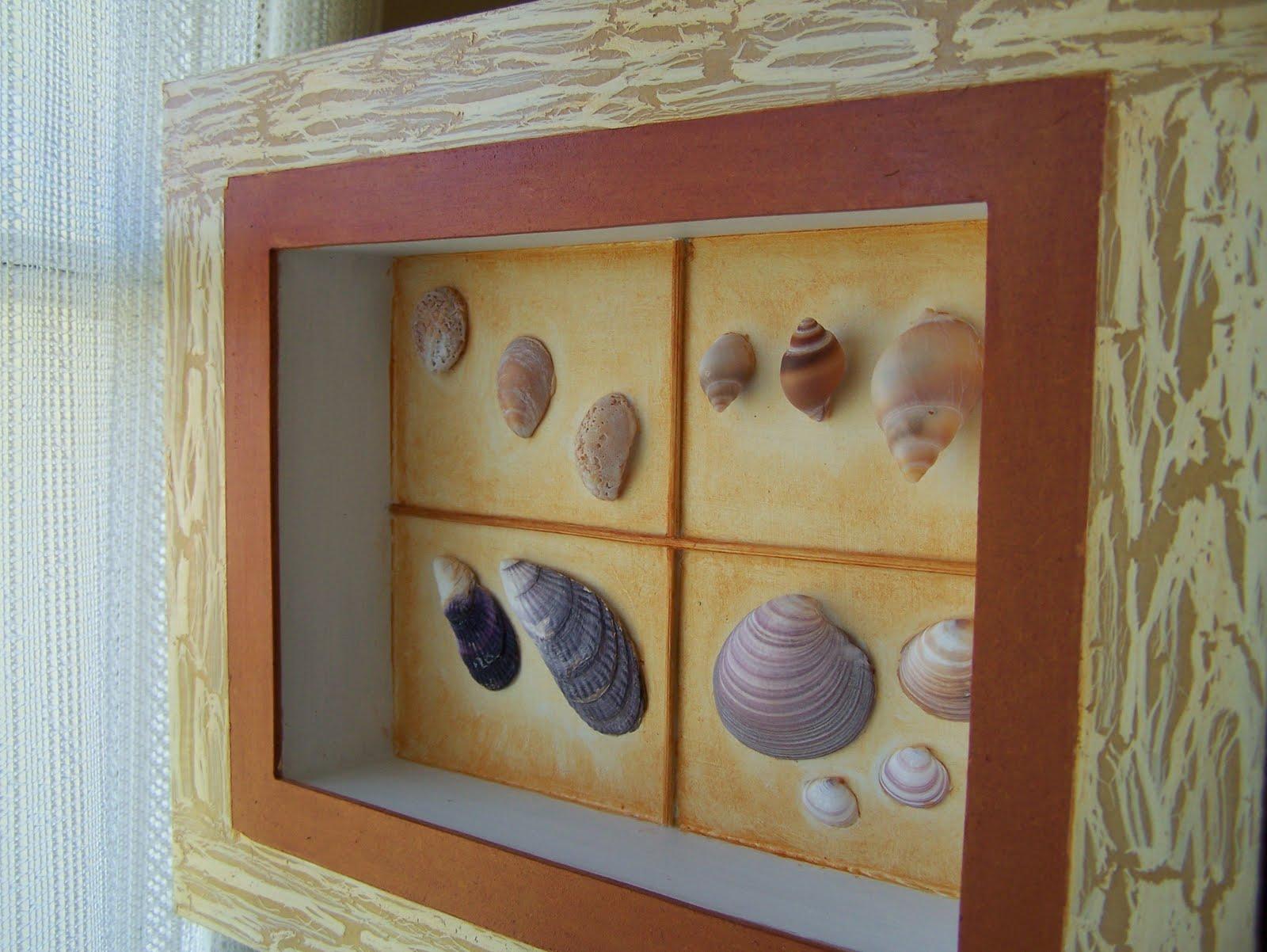 Haciendo manualidades cuadros con caracoles for Cuadros de bano