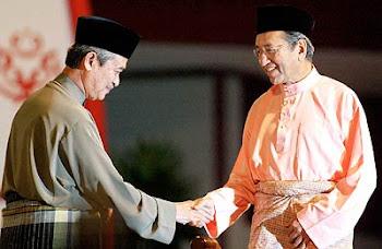 Tun Abdullah - Tun Mahathir