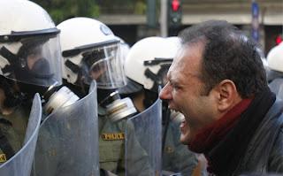 """Grécia: """"A nossa situação é bastante desesperadora..."""""""