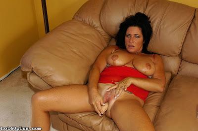 Patricia Heaton sexy Nylons