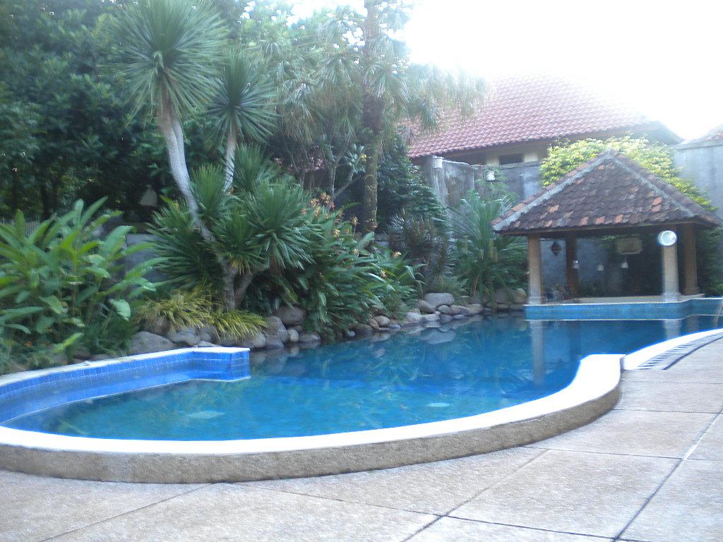 kolam renang di taman asri personal blog bisnis hobi