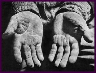 [manos+pobres.jpg]