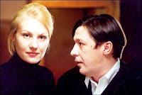 Рената Литвинова играет Татьяну Доронину, а вообще она похожа на Юльку Разумову, только грудь гораздо меньше