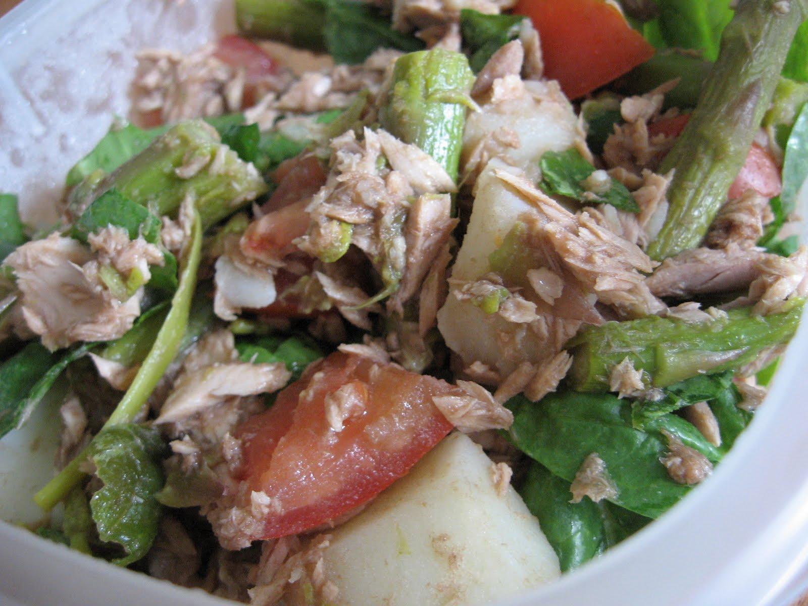 Salade d 39 asperges et de thon recette - Cuisiner du thon en boite ...