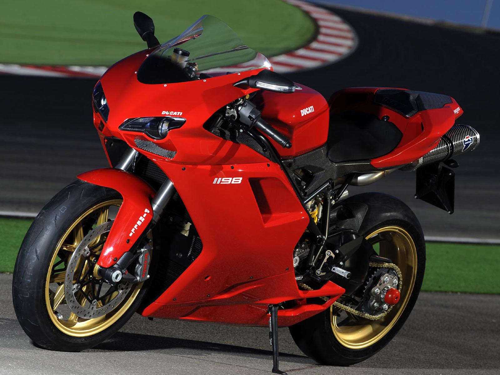 Ducati 898