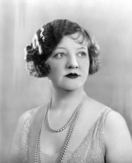 rose mcgowan clara bow. B.C.: Before (Aunt) Clara.