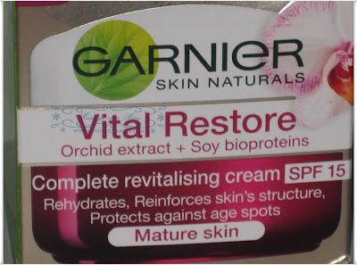 Garnier+Skin+Naturals+Vital+Restore+Moisturizer+2