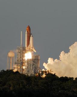 Lanzamiento de la STS-117