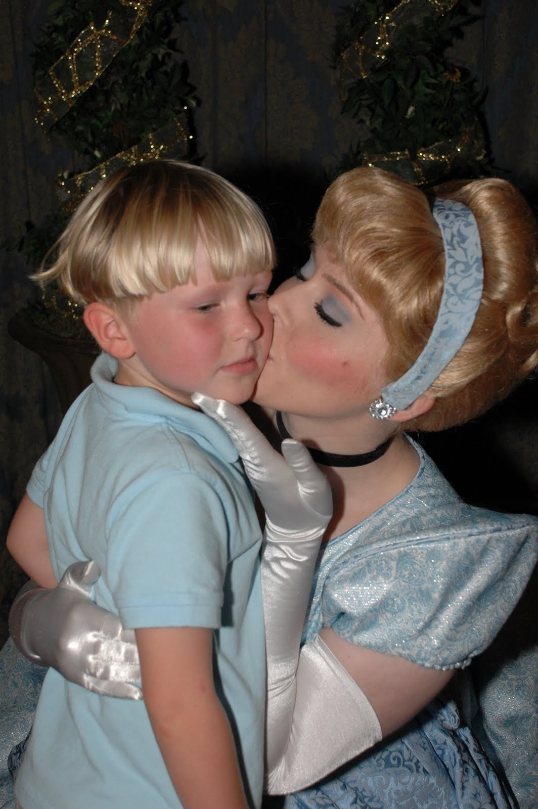 Disneyland World Cinderella Kisses Pictures To Pin On