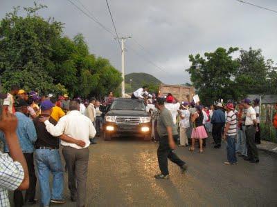 Recorre Bohechío, aspirante a senador San Juan