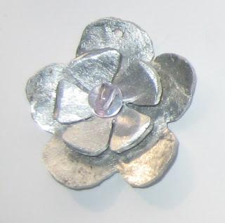 flower handmade pendant