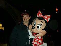 Ian meets Minnie Mouse