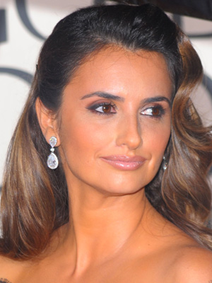 We thought there was no way possible to make Penelope Cruz look bad or aged.