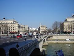 Rodando pela Europa - Rio Sena - Paris - FR