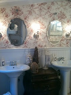 Cottage Style Bathroom Vanity on Country Cottage Bathroom Designs   Bathroom Design   Top 10