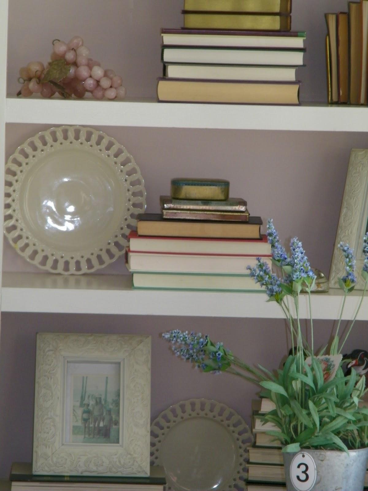 Designer Idea For Quiet Bookshelves
