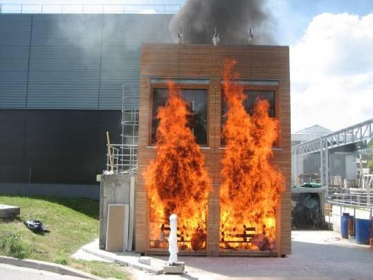Architecture positive la r volution de la paille for Construire sa maison en bois prix