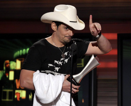 brad paisley this is country music. Brad Paisley accepts the Award