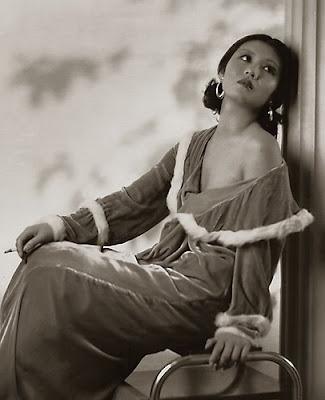 Actress Toshia Mori