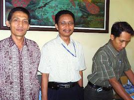 Mas Tiyas dan Bp.Nutikso ( Dewan Pers ), diskusi Jurnalisme Warga.