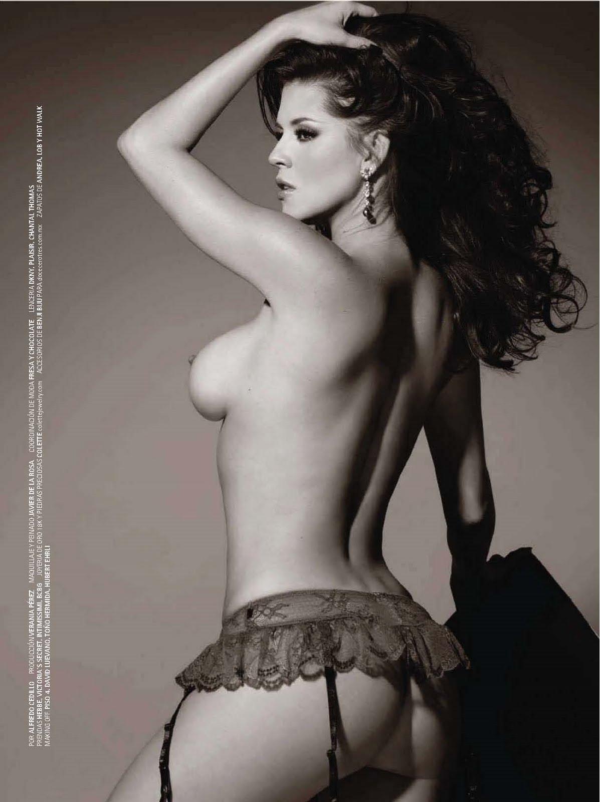 alicia-manchado-naked