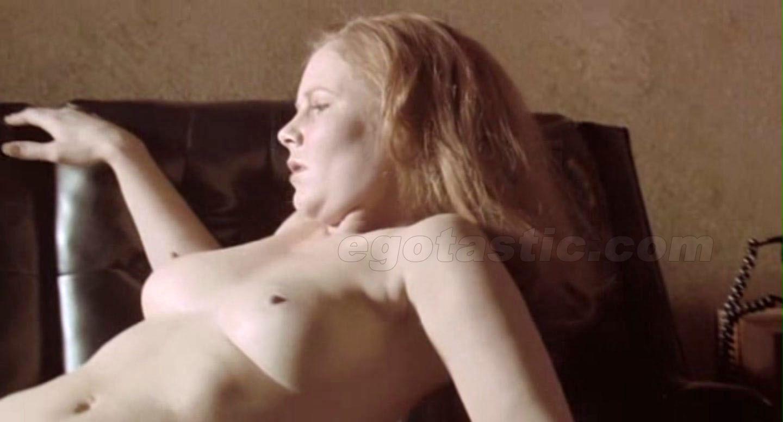 Lindsay lohan nude caps