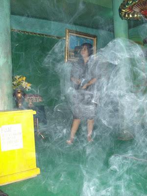 Ritual seorang Pemuja Nyi Roro Kidul.... | wisbenbae