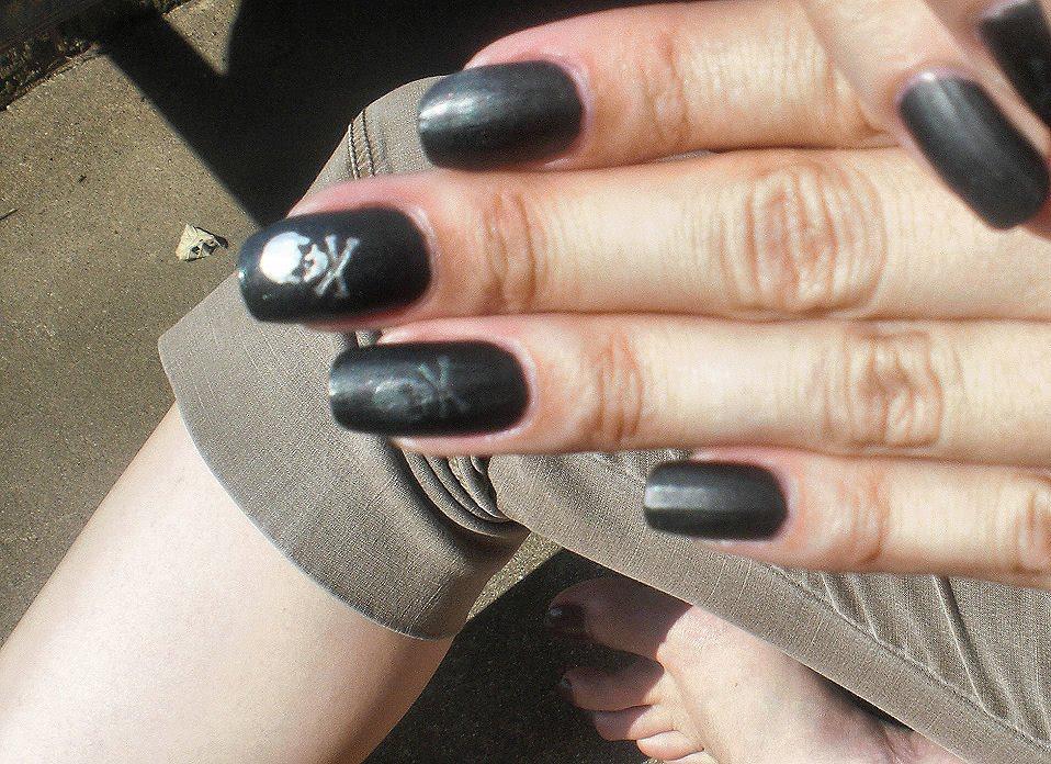 Beauty Nail Art: June 2010