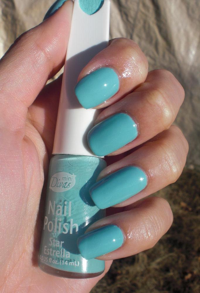 Essie - Flawless | Bubblegum pink nails, Nail art manicure