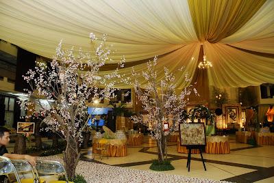PUSPITA SARI WEDDING DECORATION: Tenda dan Slayer
