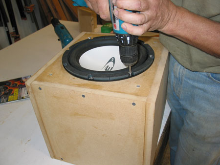 How to build a speaker box