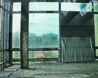 Thomas Florschuetz: Untitled (Palast) (2006)