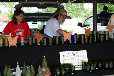 C &amp; R Kutt Bottle Raises Money for Habitat for Humanity