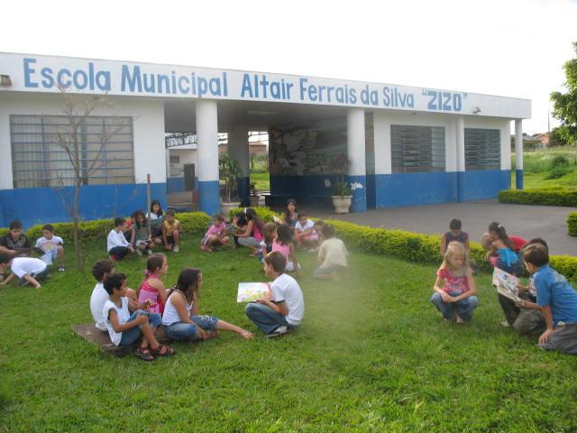 "Escola Municipal Altair Ferrais da Silva ""ZIZO"""