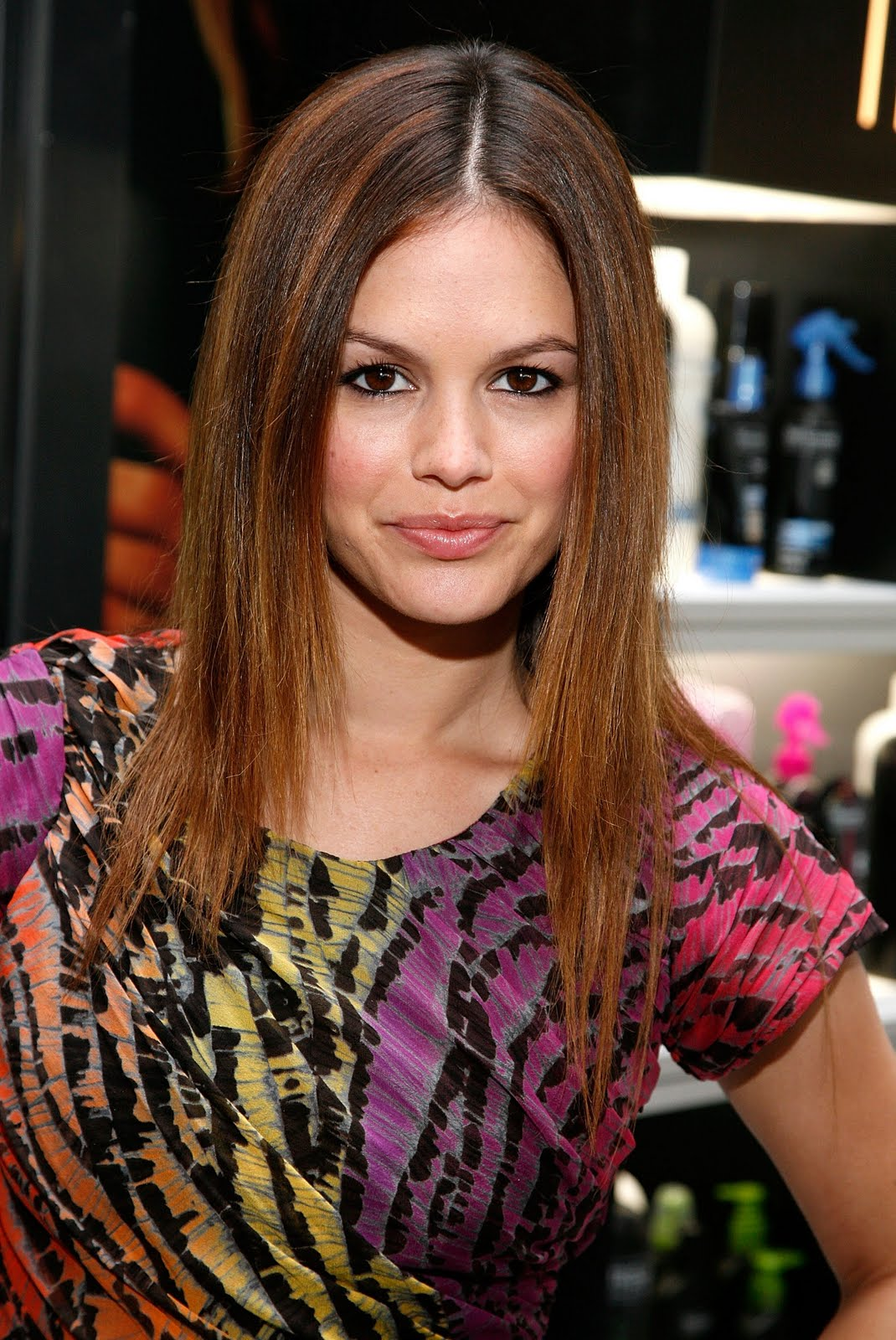 Long Center Part Hairstyles, Long Hairstyle 2011, Hairstyle 2011, New Long Hairstyle 2011, Celebrity Long Hairstyles 2381