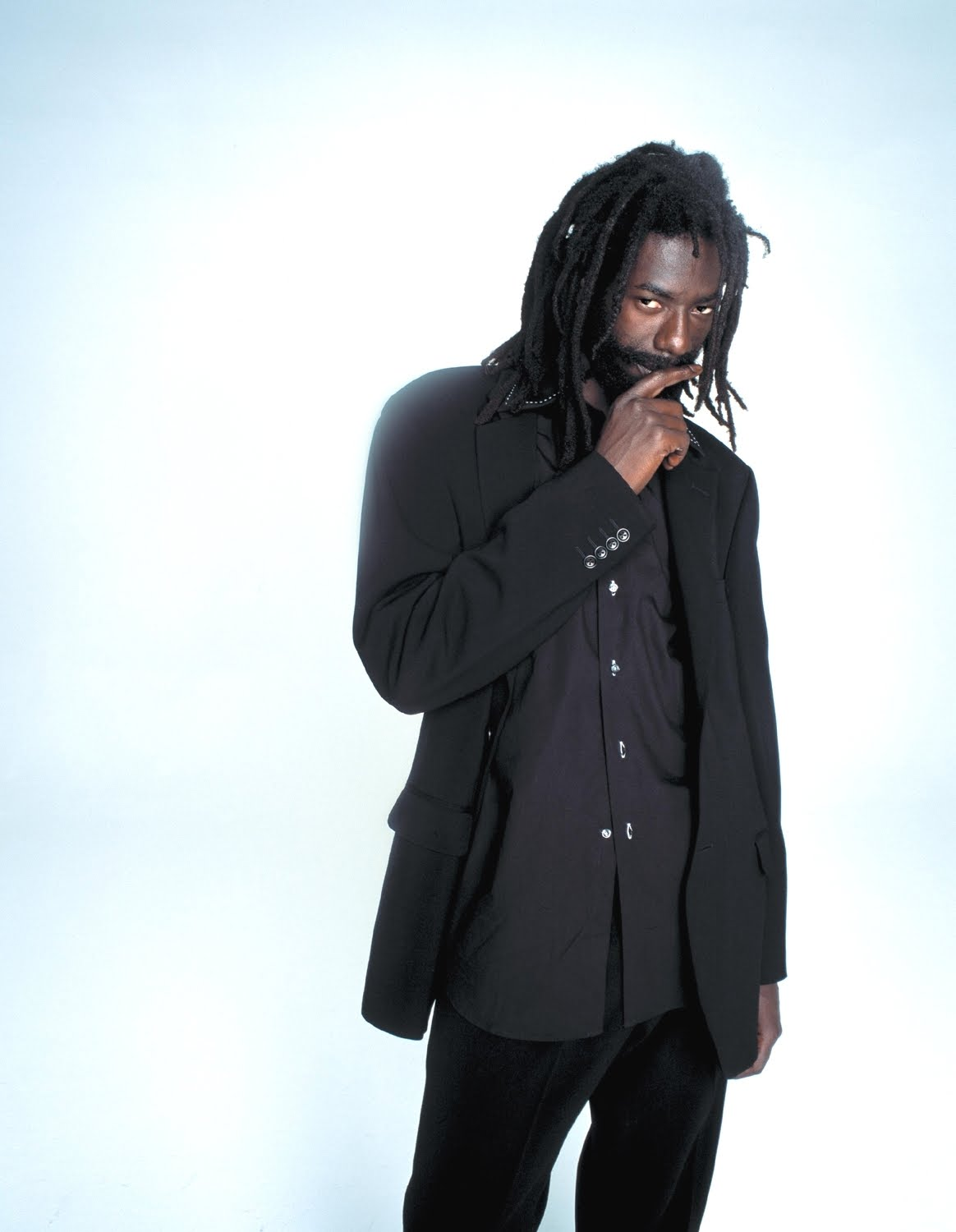 buju banton An unreliable entertainment site published a story claiming that reggae musician buju banton had killed himself in prison.