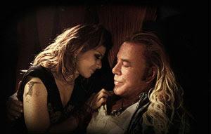 Marisa Tomei y Mickey Rourke en El luchador