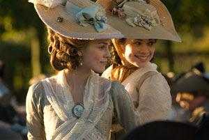 Keira Knightley y Hayley Atwell en La duquesa