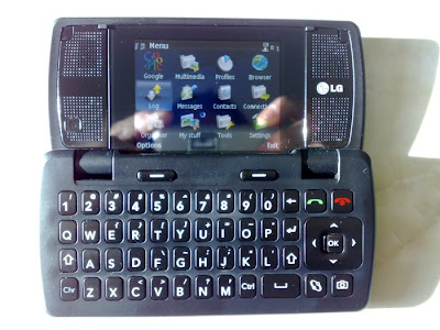 LG KT-60 QWERTY phone with 2 displays