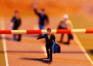 La Importancia de Crear Empresa en un Mundo de Oportunidades Laborales Limitadas