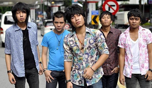 armada band photo