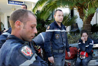 French rescue workers after death of person they pulled from rubble