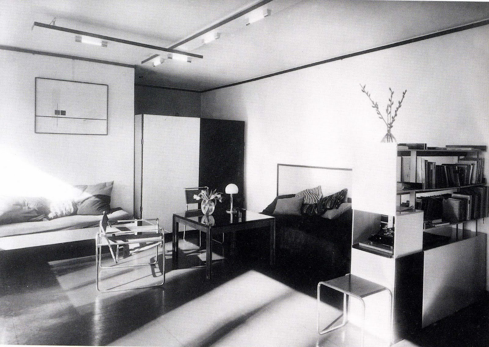 Faculty Apartment for Lazlo Moholy-Nagy, Bauhaus campus, Dessau  title=