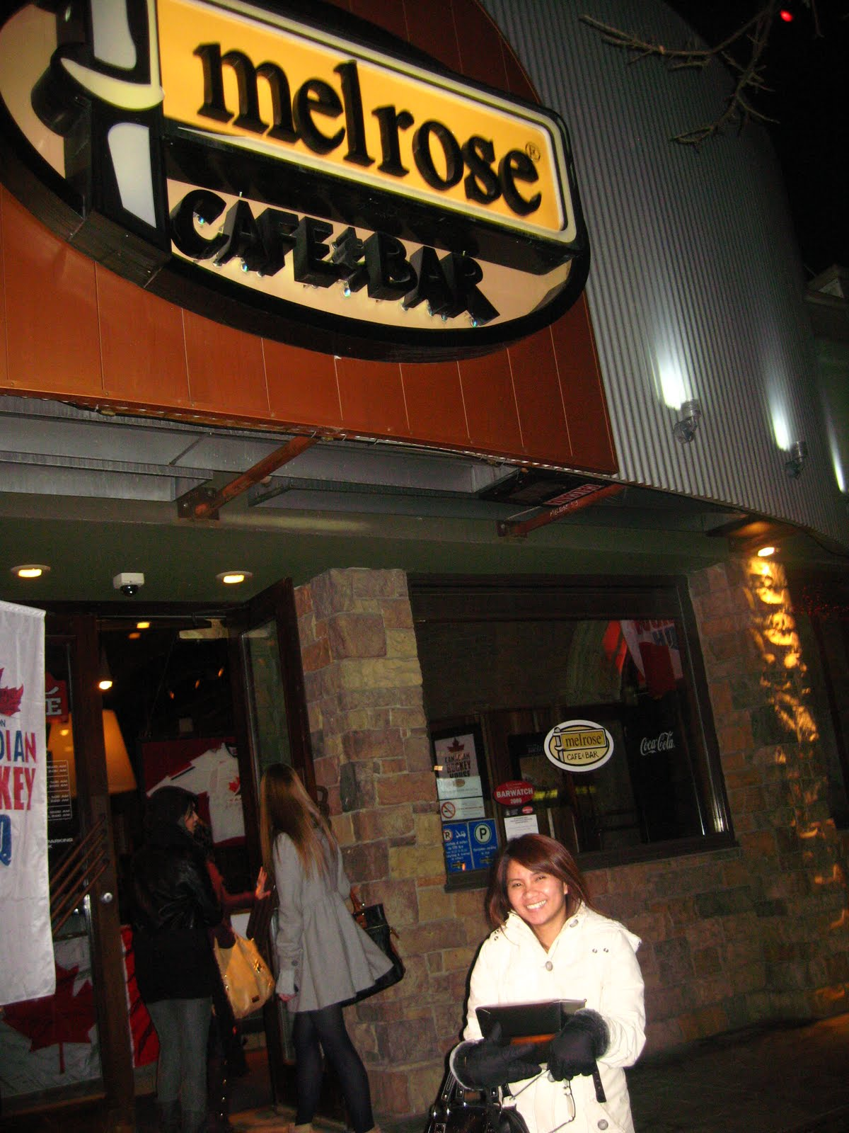 we went to melrose cafe amp amp  bar in 17 avenue calgary  ab during the