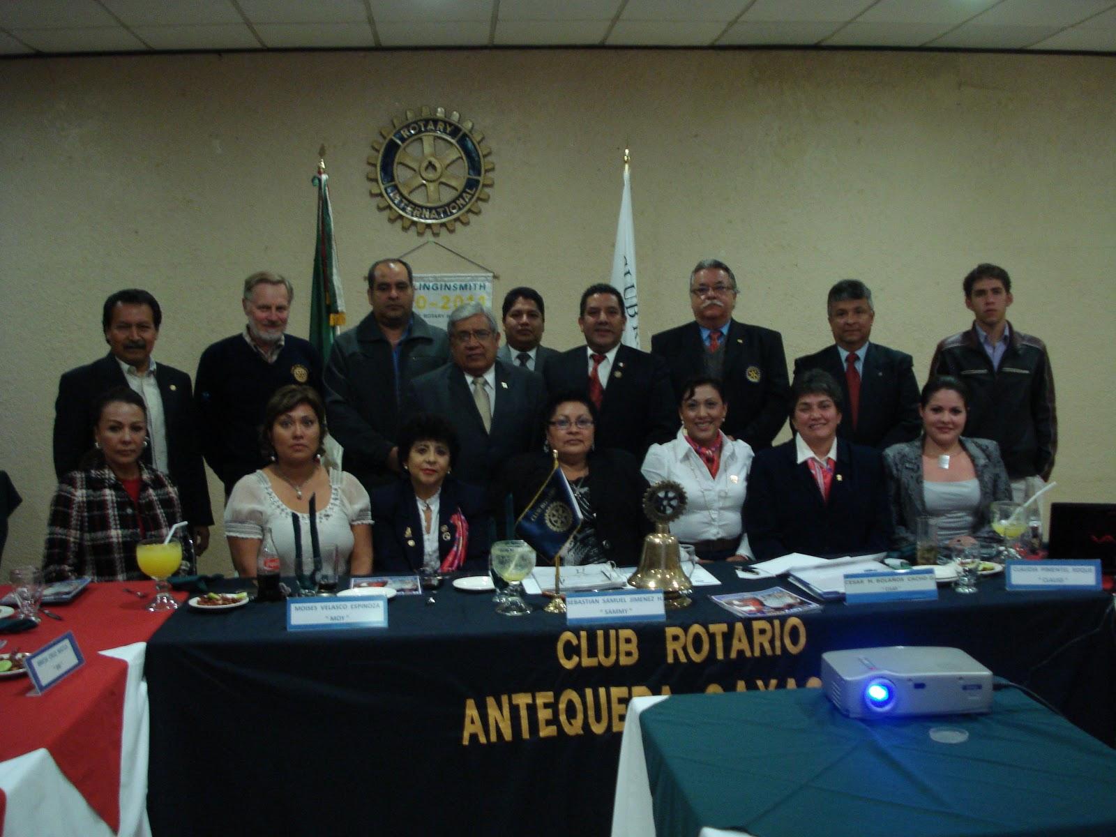 Club rotario oaxaca antequera imposicion de boton al ing for Ing mesa y lopez